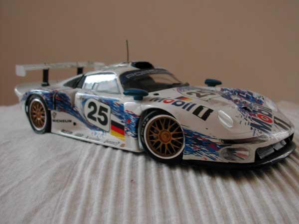 Porsche-936-fianco