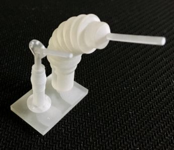 Trumpeter M-ATV 1/16 - Harris antenna mount